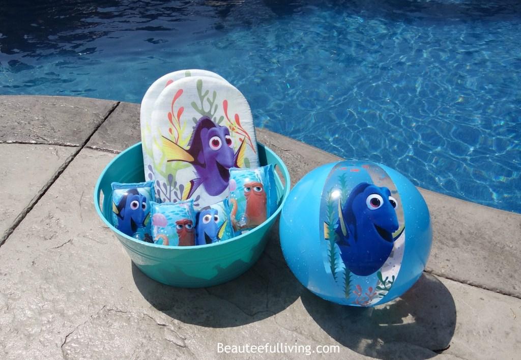 Finding Dory swim accessories1