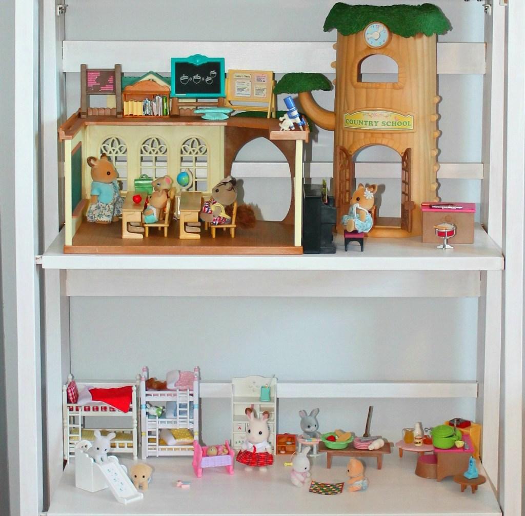 Shelf for toys - Beauteeful Living