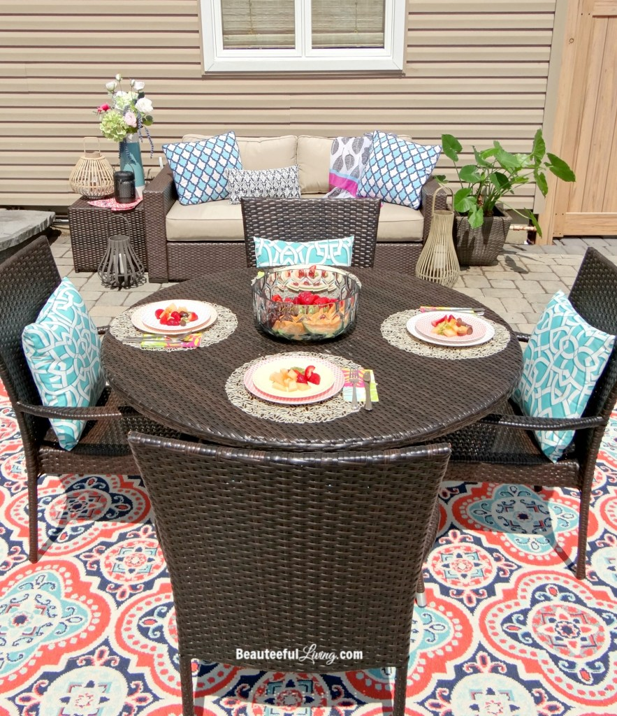 Outdoor tablescape - Beauteeful Living