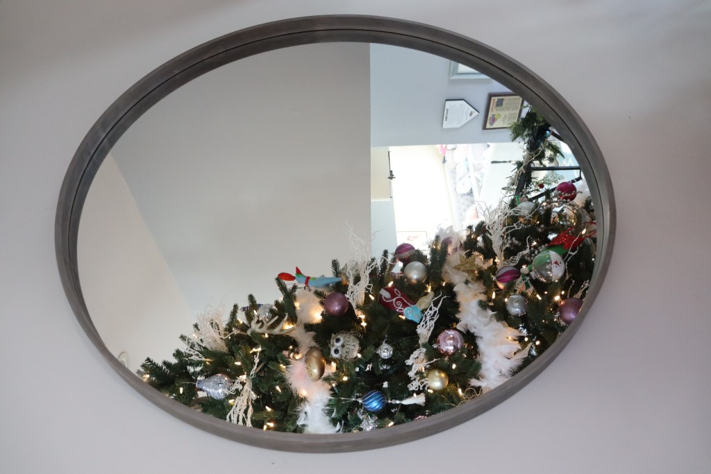 Large Round Mirror - Beauteeful Living