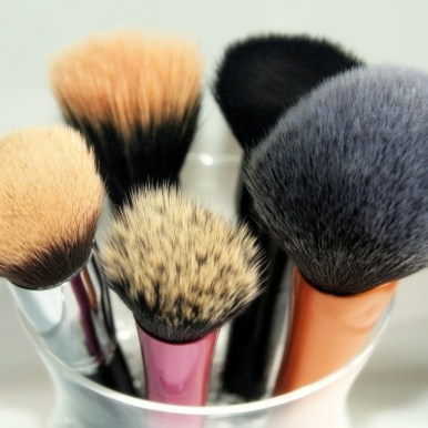 pinceau maquillage guer