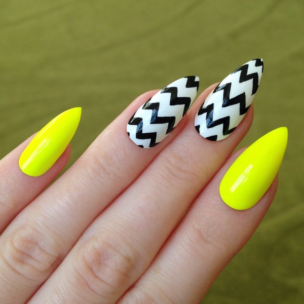 Black Pointed Nails