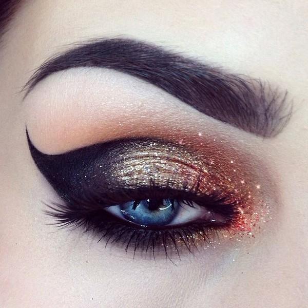 Liquid Eyeliner Styles