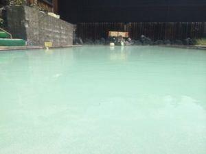 300x225 - 大絶景を楽しむなら&「私をスキーに連れてってのロケ地」でもある万座温泉の「豊国館」