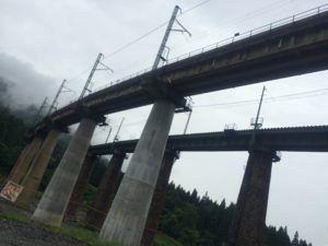 IMG 6310 e1462180584573 300x225 - 日本の美しい鉄道橋上越線の「毛渡沢橋梁」
