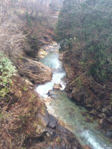 image 2 e1462192681163 225x300 - みなかみ町で人気の利根川支流「湯檜曽川渓流釣り」