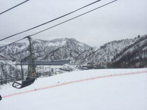IMG 5466 300x225 - シーズン早くから滑れる奥只見スキー場