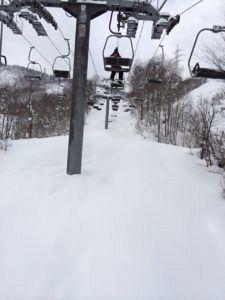 IMG 5471 225x300 - シーズン早くから滑れる奥只見スキー場