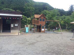 image 21 300x225 - 今話題の女性に人気のキャンプ場埼玉県飯能市の「ケニーズ・ファミリー・ビレッジ」