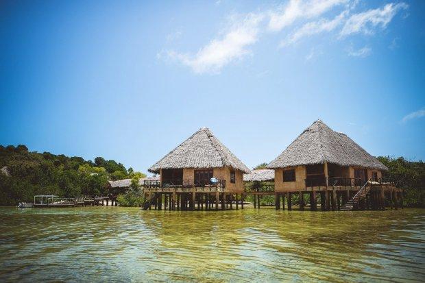 moniquedecaro-kenya-chale-island-105