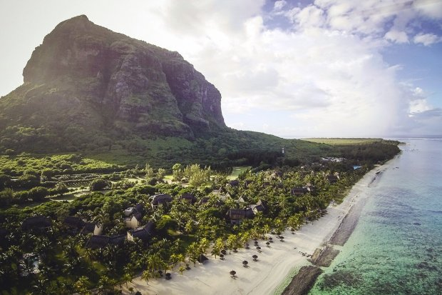 Dinarobin Beachcomber Golf Resort & Spa, Mauritius - Paradies mit spektakulärem Blick auf den Berg Le Morne (+ Video)