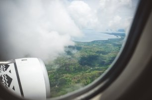 moniquedecaro-first-landing-fiji-6092