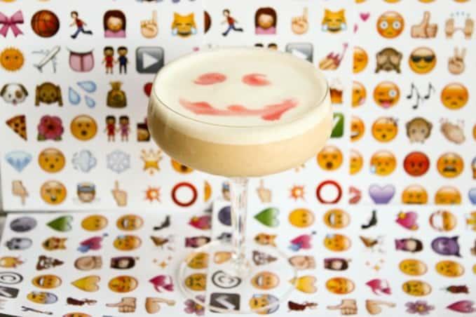 , Emoji Rum Sour