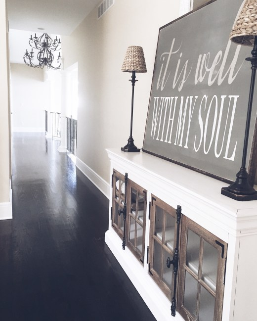 entry way interior design chalkboard