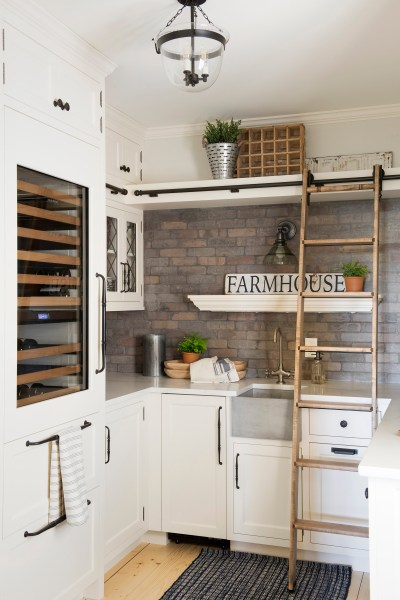 How to Decorate Modern Farmhouse Style