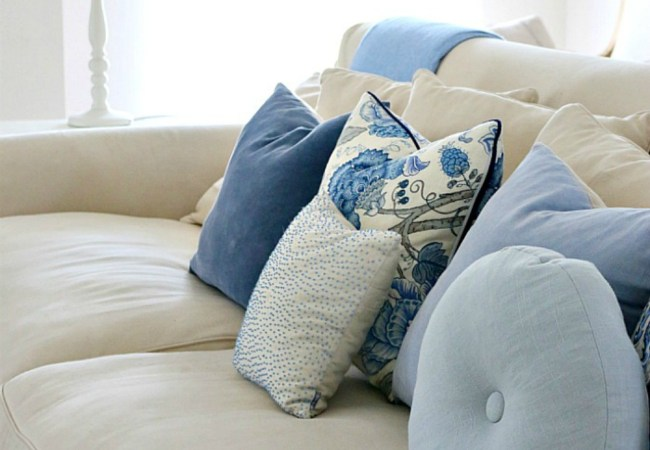 Collection – Blue & White Cushions