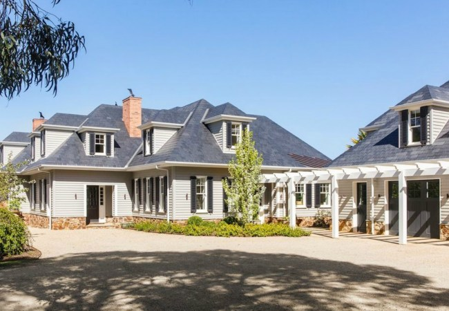 Country Estate – 29 Callanans Road, Red Hill South