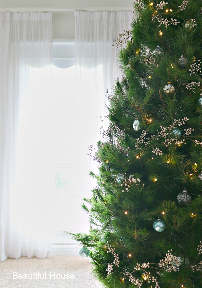 Christmas decor checklist