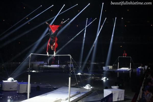 Kellogg's Tour of Gymnastics Champions high bar