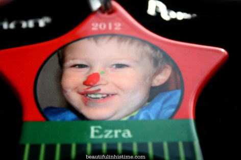 Our Christmas Ornament Tradition {with Personalization Mall}