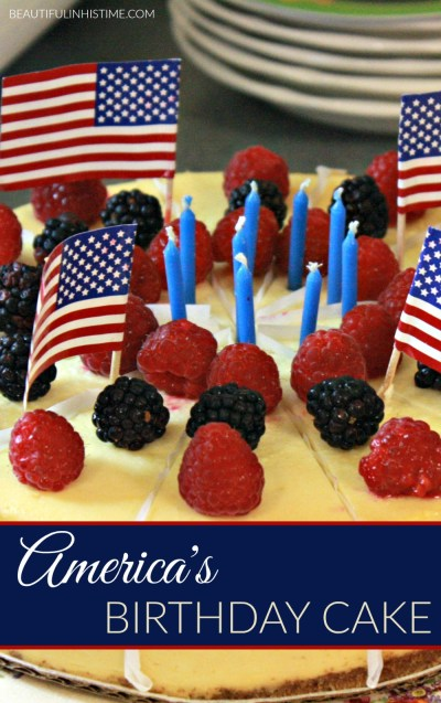 An Independence Day Birthday Party for AMERICA! Everything you need to have a 4th of July birthday party for America. America's birthday cake, patriotic food, table decorations, and more!