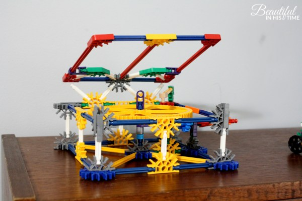 """Old Time"" Phonograph from Ezra's STEM K'Nex Set"