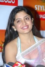 0002-poonam-kaur-high-resolution-nagavalli-collections2