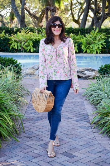 Pretty Tops to Wear This Spring- Beautifully Seaside