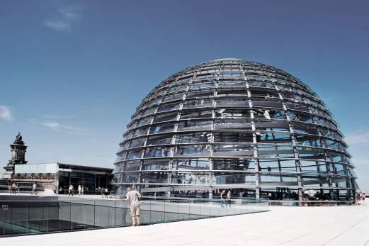 wb_steel_glass_reichstagkuppel_shutterstock_17532286_rgb2