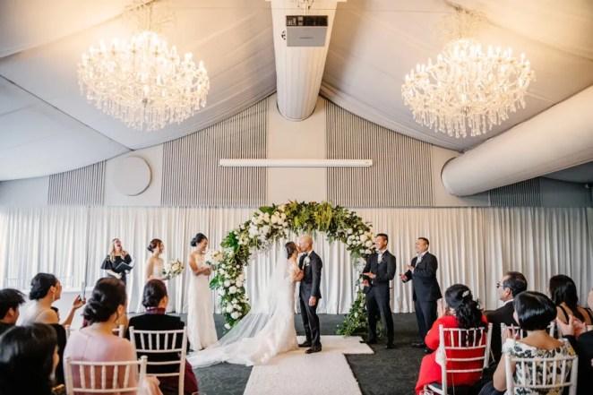 Jennifer-&-Hung-victoria-park-wedding-01