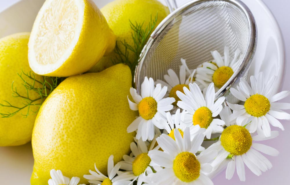 Lemon-and-Chamomile-for-Bleaching
