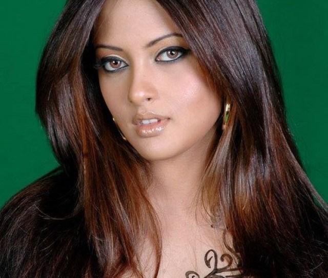 Sexy Bengali Girl Riya Sen Indian Film Actress Photos