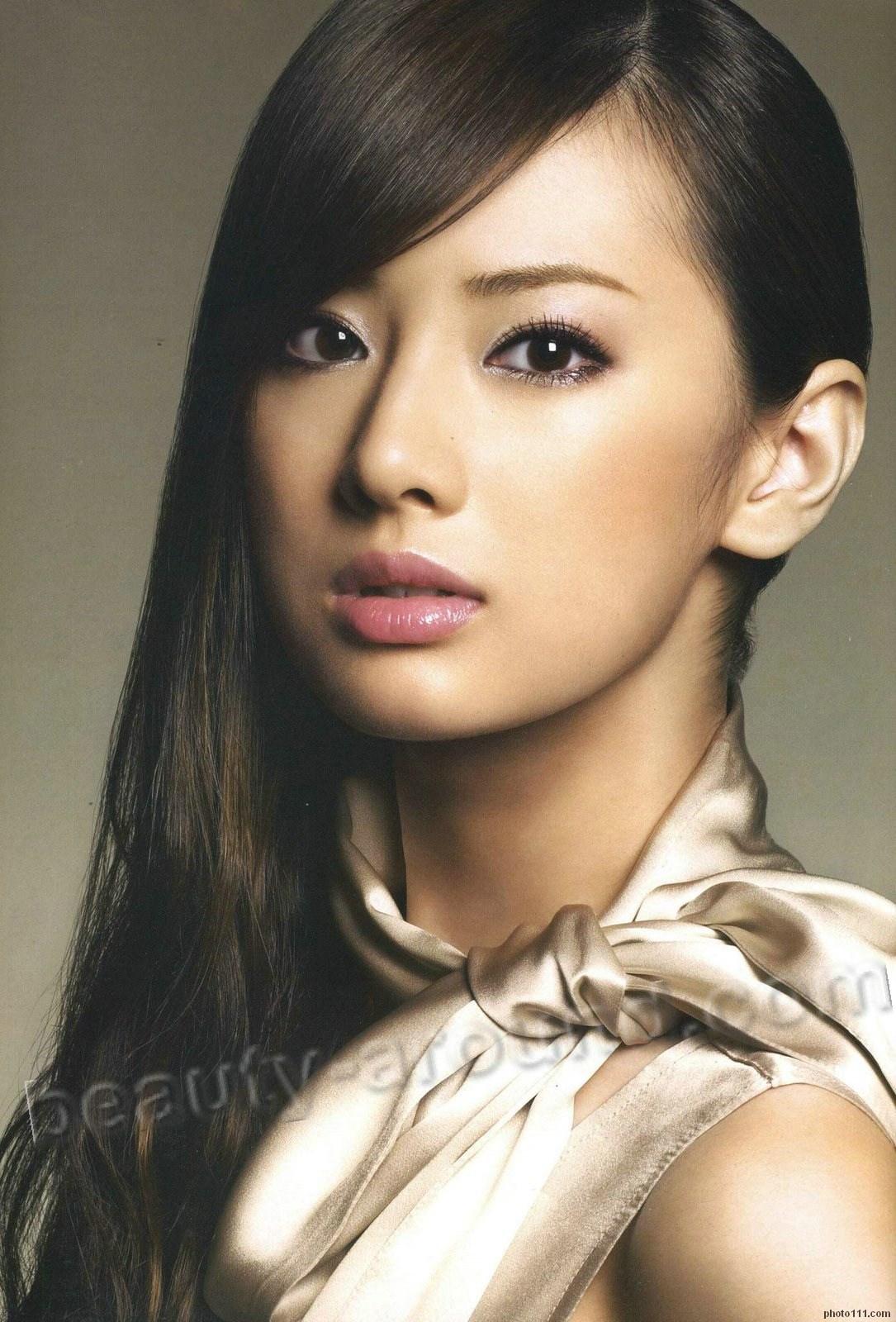красивые японские модели девушки сразу