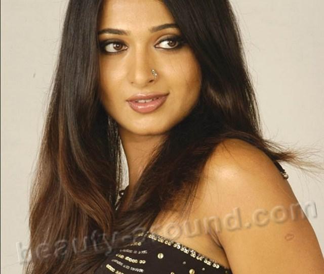 Beautiful South Indian Actresses Anushka Shetty
