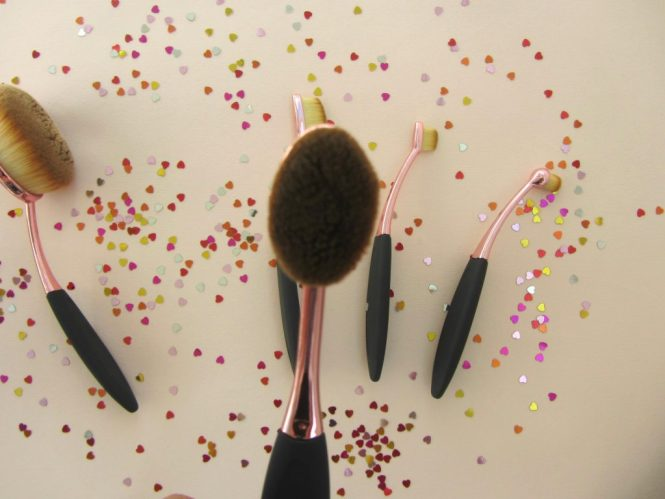 buyincoins oval brush set