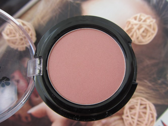 lavera rose praline blush