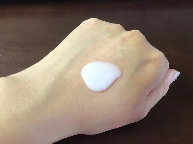 ニベア美白ボディーミルク