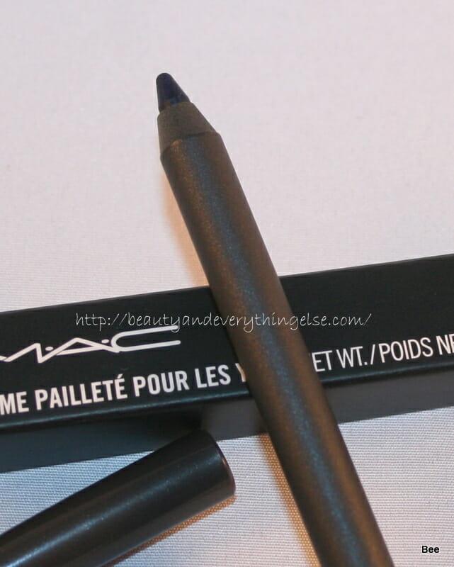 MAC  PearlGlide Intense Eyeliner Petrol Blue  review
