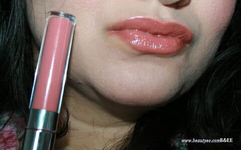 Anastasia Beverly Hills Hydrafull Gloss Moi Review