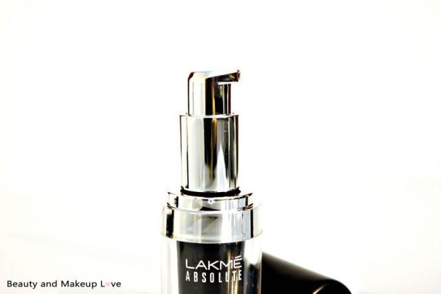 lakme-absolute-illuminating-foundation-review-price-swatches