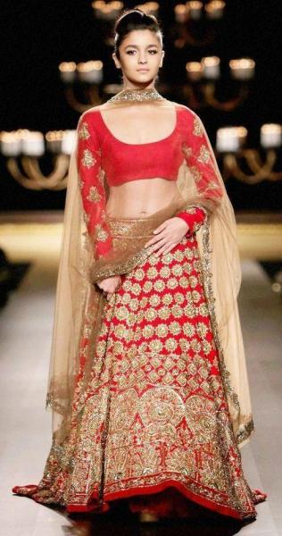 aliabhatt-lehenga-red-bridal