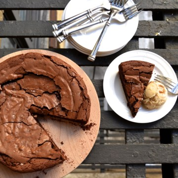 Salted Brownie Cake, Anyone?