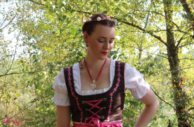 Oktoberfest/Wiesn-Look [Outfit] | Beauty and the beam