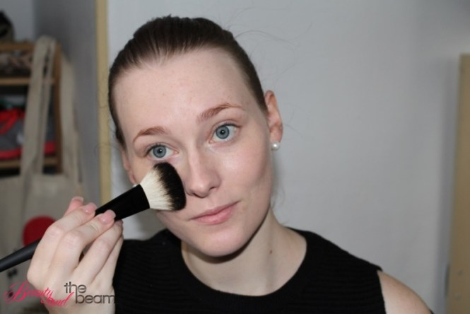 make-up-factory-tageslook-step-1-7