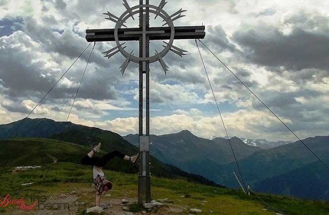 [Travel] KAT walk Etappe 2 - Gipfelstürmer auf Händen | Beauty and the beam