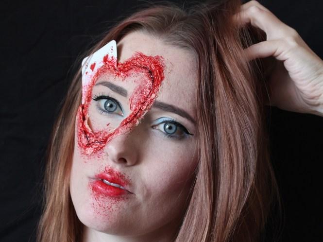 Queen of hearts SFX-Look
