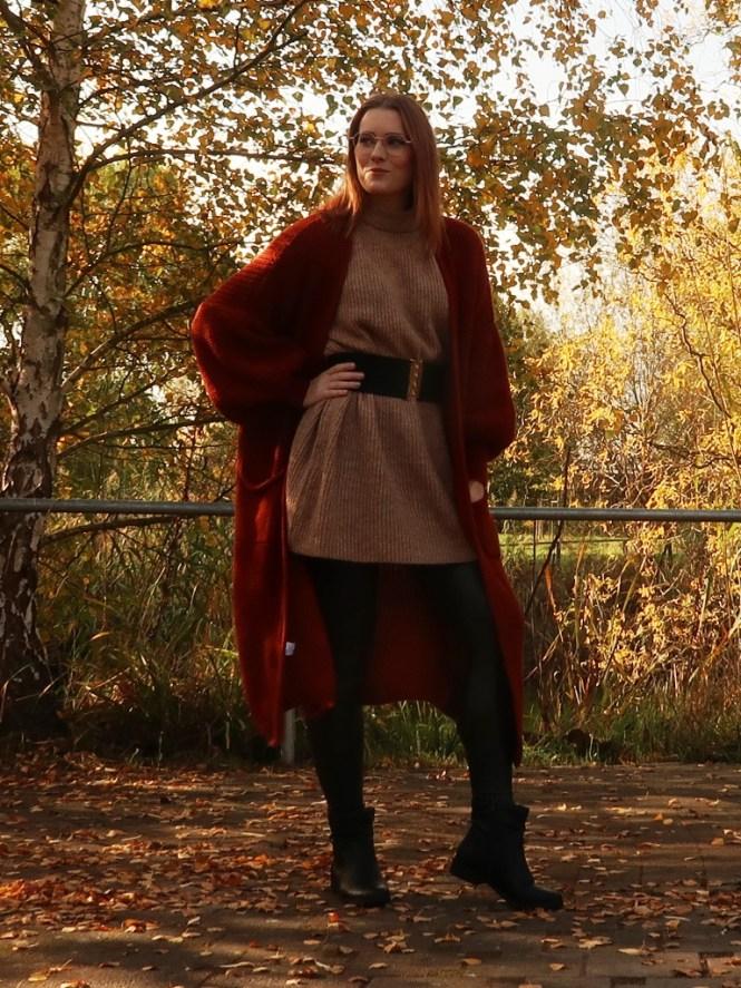 Oversize Cardigan im Herbst kombinieren