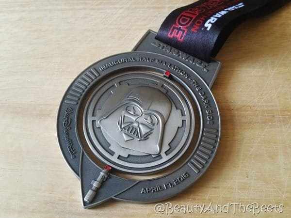 Star Wars Half Marathon 2016 medal Beauty and the Beets