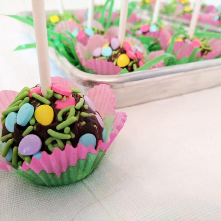 Easter Truffle Pops