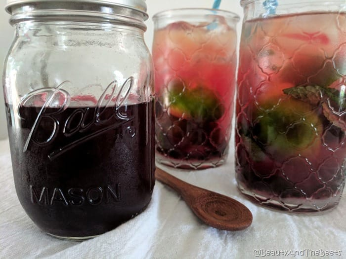 Blackberry Mojito Iced Tea Beauty and the Beets (1)
